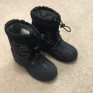Totes| winter boots little boys size 13